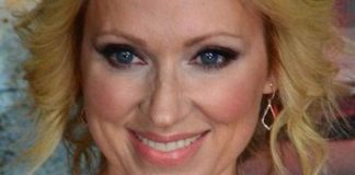 "Leigh-Allyn Baker at ""Bad Hair Day"" premiere in February 2015"