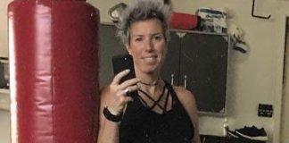 Erin Oprea Workout selfie in September 2017