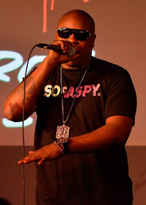 Jadakiss performing at Apple Store in June 2011