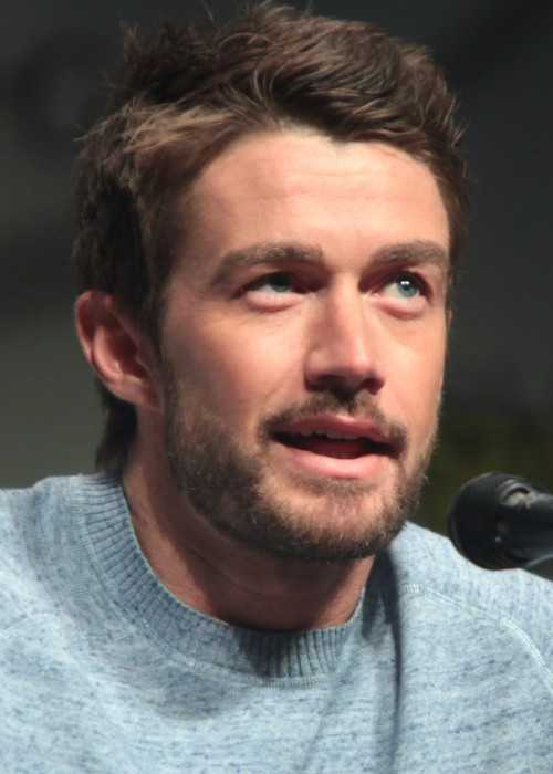 Robert Buckley at Anaheim Convention Center in 2015