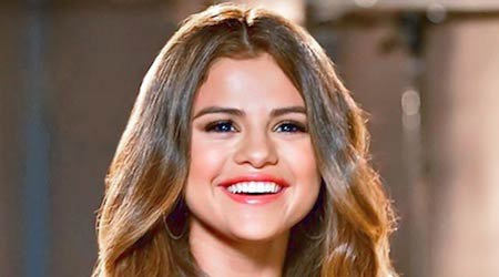 Selena Gomez Workout Routine and Diet Plan