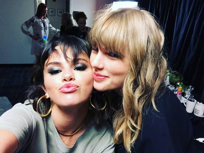 Selena Gomez in a selfie with Taylor Swift in May 2018