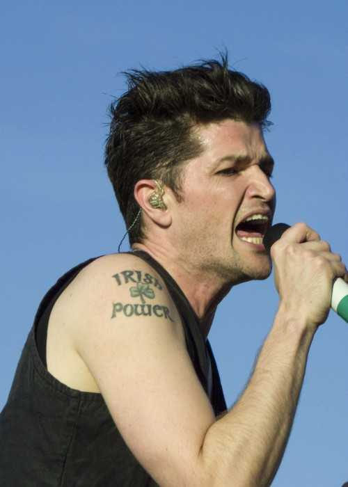 Danny O'Donoghue at the Pinkpop Festival with The Script in 2015