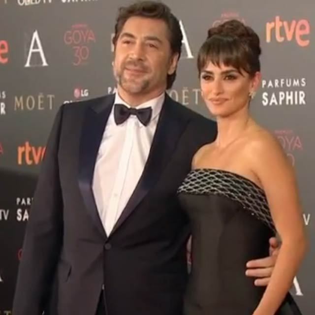 Javier Bardem and Penélope Cruz during a public event in 2015