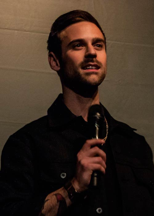 Ryan Lewis while giving performance in 2013