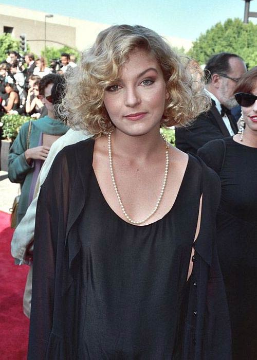 Sheryl Lee during Emmy Awards in 1990