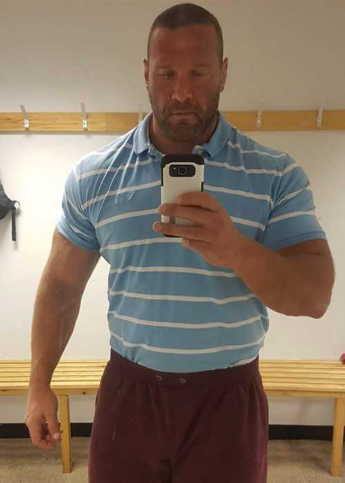 Terry Hollands in an Instagram Selfie in October 2017