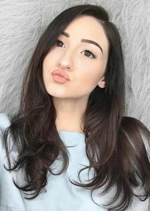 BeautyChickee in an Instagram selfie in March 2017