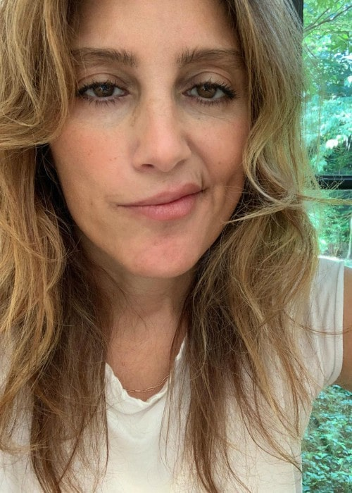Jennifer Esposito in an Instagram selfie as seen in July 2020