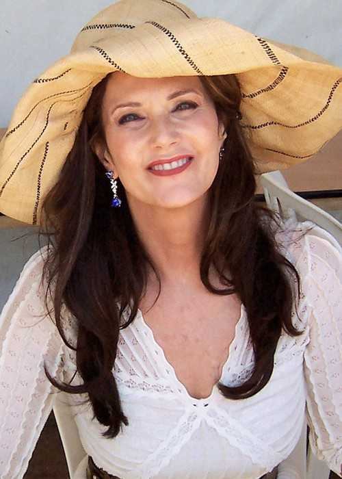 Lynda Carter at Phoenix Pride in 2011