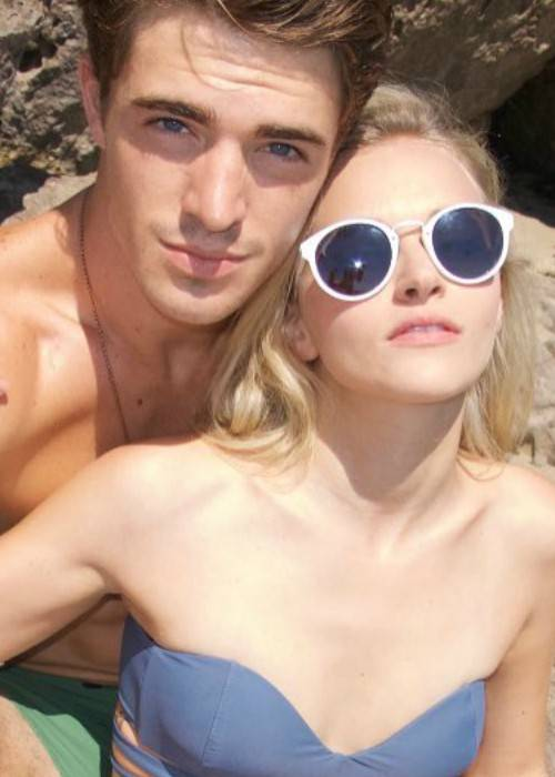 Madeline Brewer (Right) and Spencer Neville in a selfie in October 2016