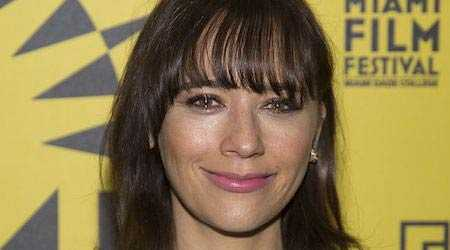 Rashida Jones Gets Inspiration From 'So You Think You Can Dance' To Workout