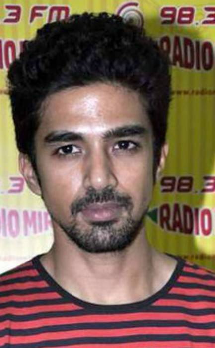 Saqib Saleem at Radio Mirchi 98.3 FM studio in March 2013