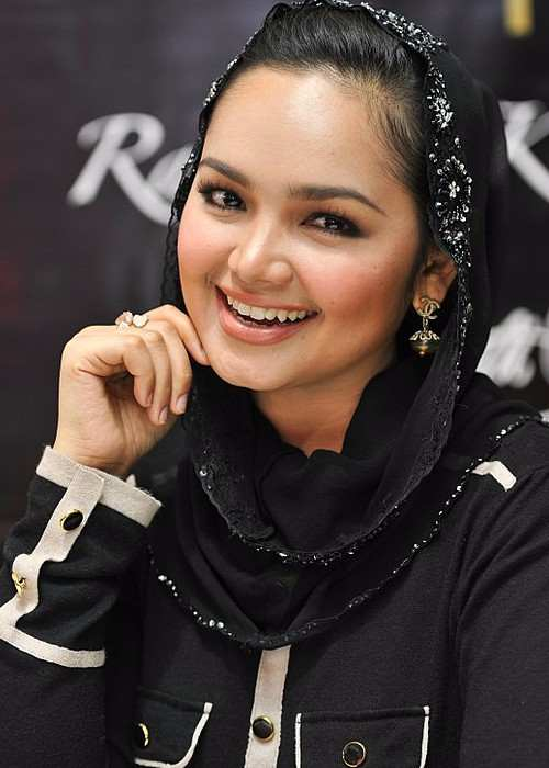 Siti Nurhaliza during the launch of SimplySiti in June 2011