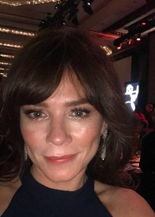 Anna Friel in a selfie in November 2017