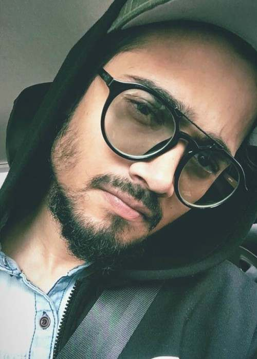 Bhuvan Bam in a selfie in November 2017