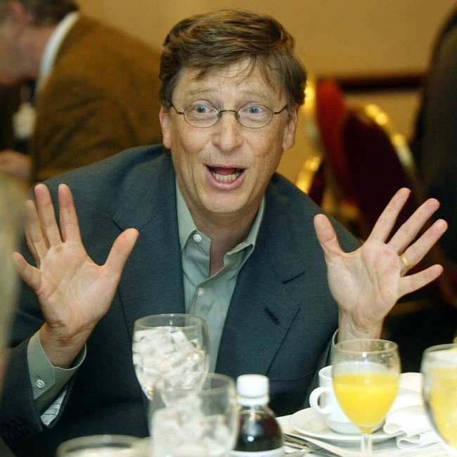 Bill Gates at a media lunch in February 2002
