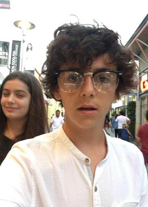 Jack Dylan Grazer showing his new look in a selfie in July 2017