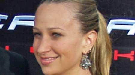 Jennifer Meyer Height, Weight, Age, Body Statistics