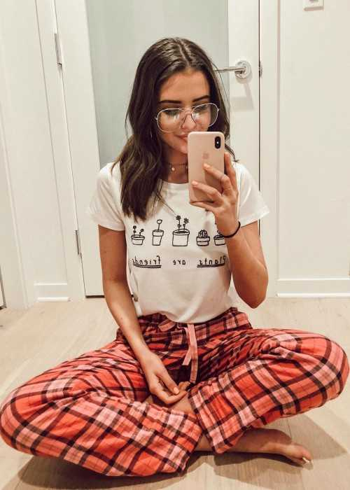 Jess Conte in a selfie in January 2018