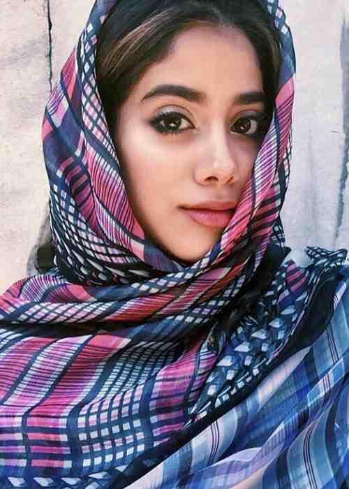 Jhanvi Kapoor in an Instagram selfie as seen in May 2016