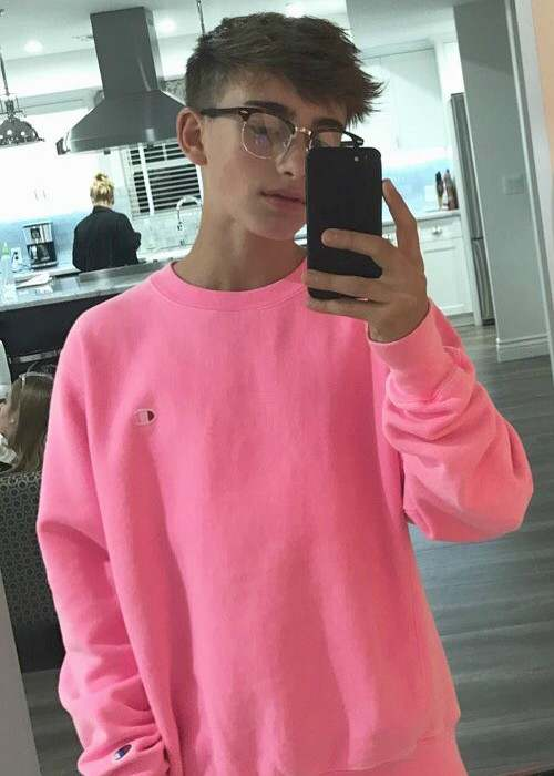 Johnny Orlando in an Instagram selfie in October 2017