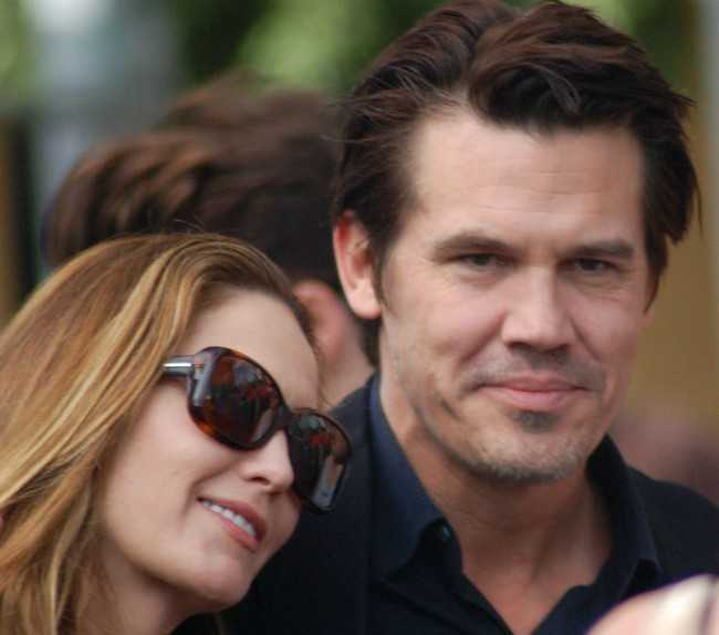 Josh Brolin with Diane Lane at the Hollywood Walk of Fame Ceremony for Mary Steenburgen in December 2009