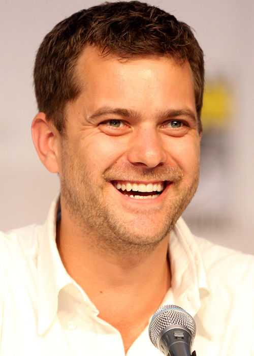 Joshua Jackson at Comic-Con 2010 in San Diego