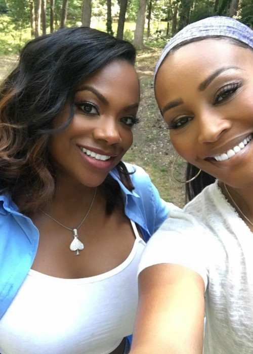 Kandi Burruss (Left) and Cynthia Bailey in a selfie in August 2017