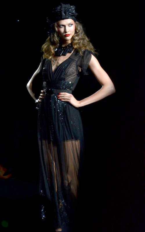 Karlie Kloss wearing Anna Sui dress