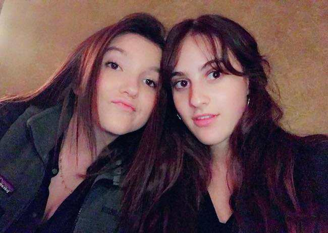Maya Jade Frank with her friend Ava Cutrone (Left) in a selfie in June 2017