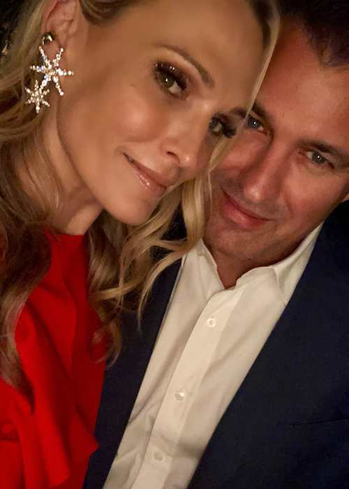 Molly Sims and Scott Stuber in an Instagram selfie in December 2017