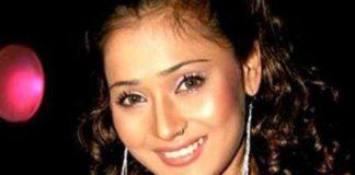 Sara Khan Healthy Celeb