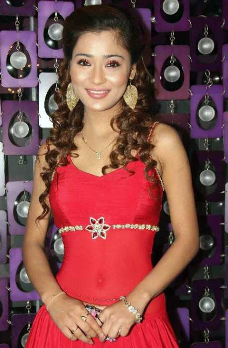 Sara Khan at the Ram Milaayi Jodi 100 Episodes Success Bash in Mumbai in March 2011