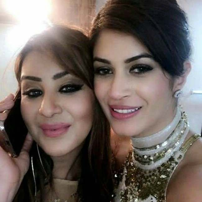 Shilpa Shinde and Bandgi Kalra in an Instagram selfie as seen in January 2018