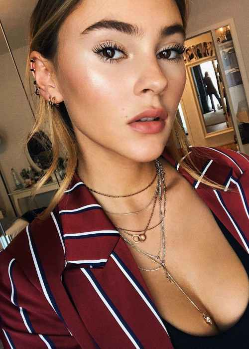 Stefanie Giesinger in an Instagram selfie in October 2017