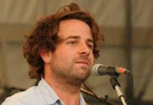 Taylor Goldsmith Healthy Celeb