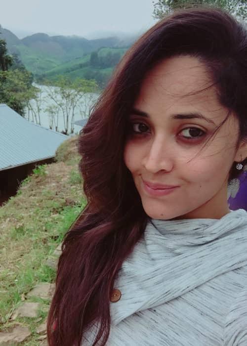 Anasuya Bharadwaj in an Instagram selfie in October 2017