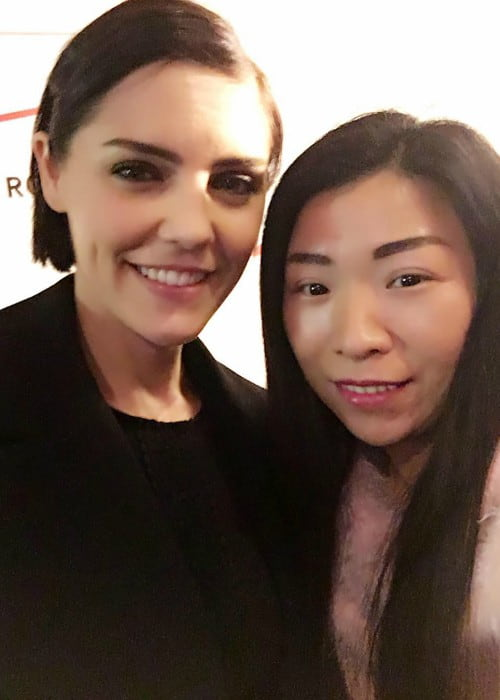 Annabel Scholey (Left) and Hua Xiuyan in a selfie in December 2016