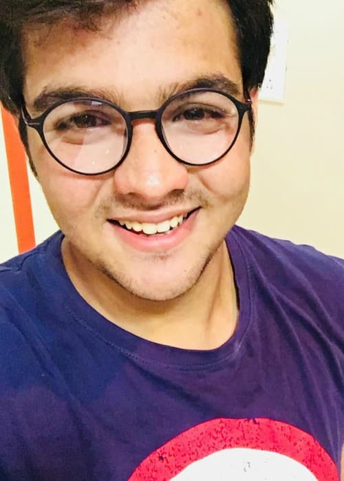 Ashish Chanchlani in an Instagram selfie as seen in December 2017