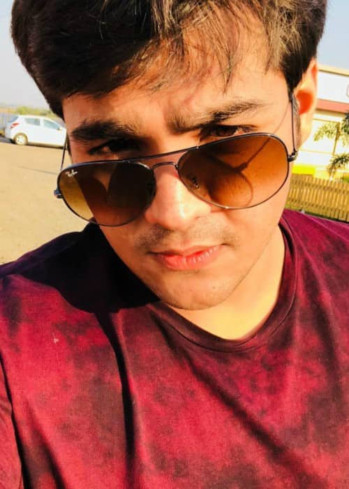 Ashish Chanchlani in an Instagram selfie in January 2018