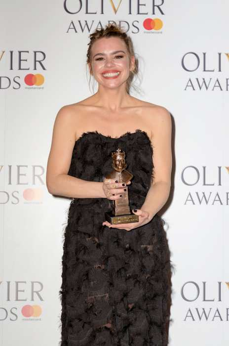 Billie Piper with her Best Actress Award at the 2017 Olivier Awards