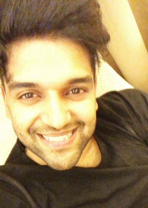 Guru Randhawa in an Instagram selfie in December 2017