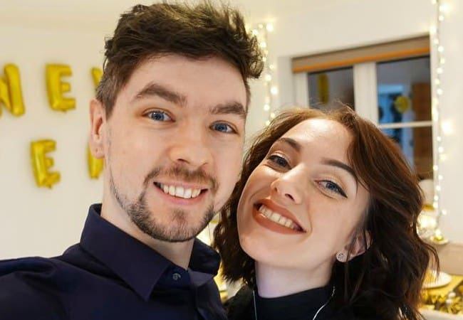 Jacksepticeye and Signe Hansen in an Instagram selfie in January 2018