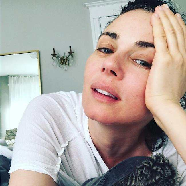 Mia Kirshner in an Instagram picture in June 2017 without makeup