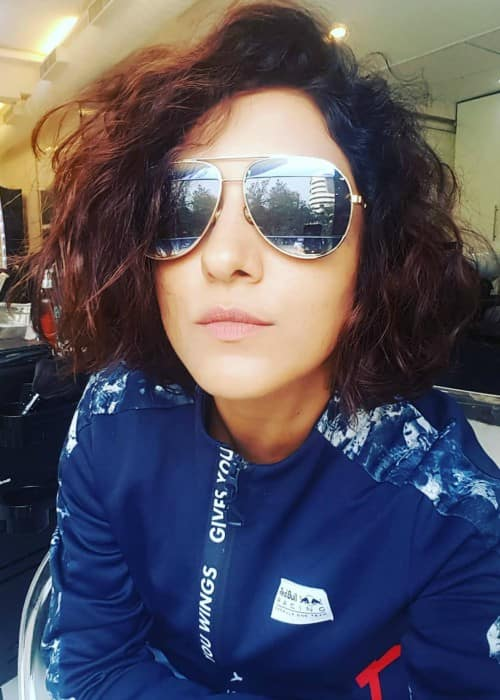 Neeti Mohan in an Instagram selfie as seen in January 2018