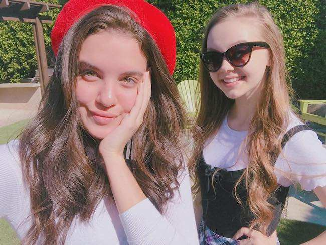 Savannah May (Right) and Lilimar Hernandez in an Instagram selfie in November 2017