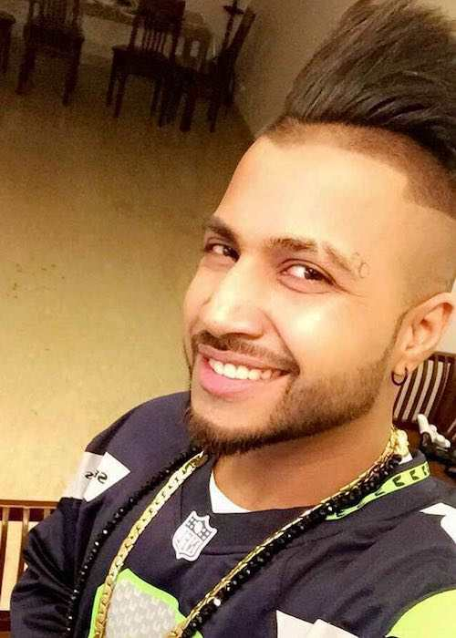 Sukhe in an Instagram selfie in September 2017