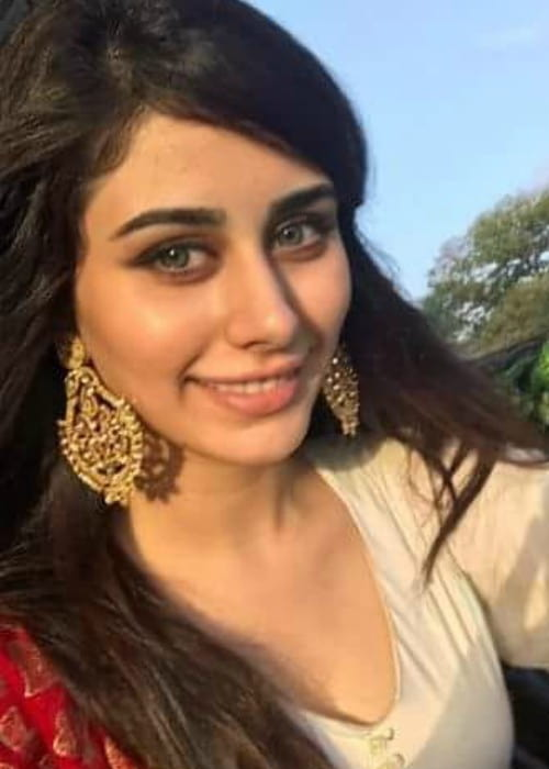 Warina Hussain in an Instagram selfie as seen in February 2018