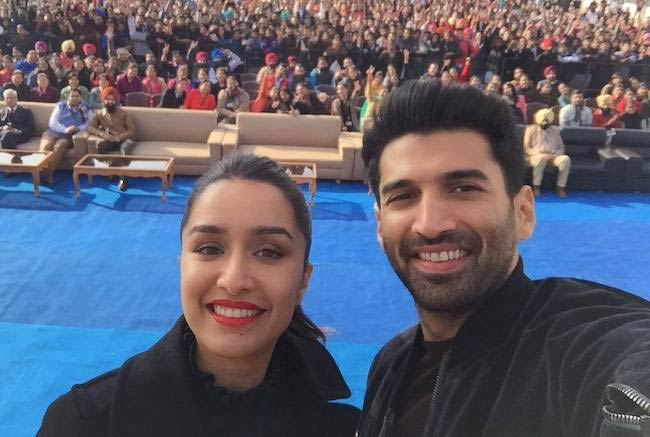 Aditya Roy Kapoor and Shraddha Kapoor at the Chandigarh University promoting OK Jaanu in January 2017